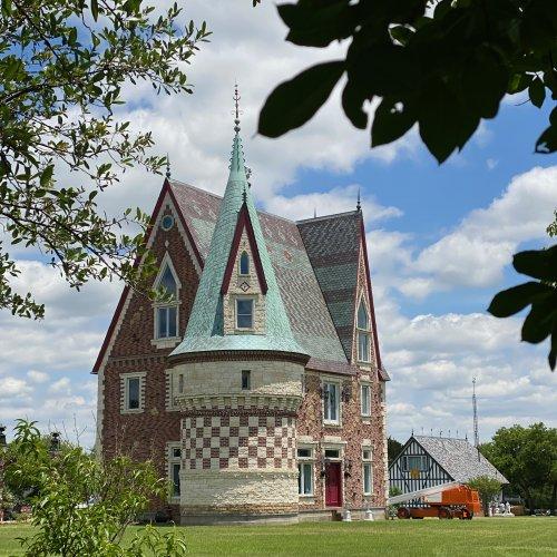 Château Woda Nymphée  -Summer 2020-  French Renaissance + German Renaissance Gothic Architecture.